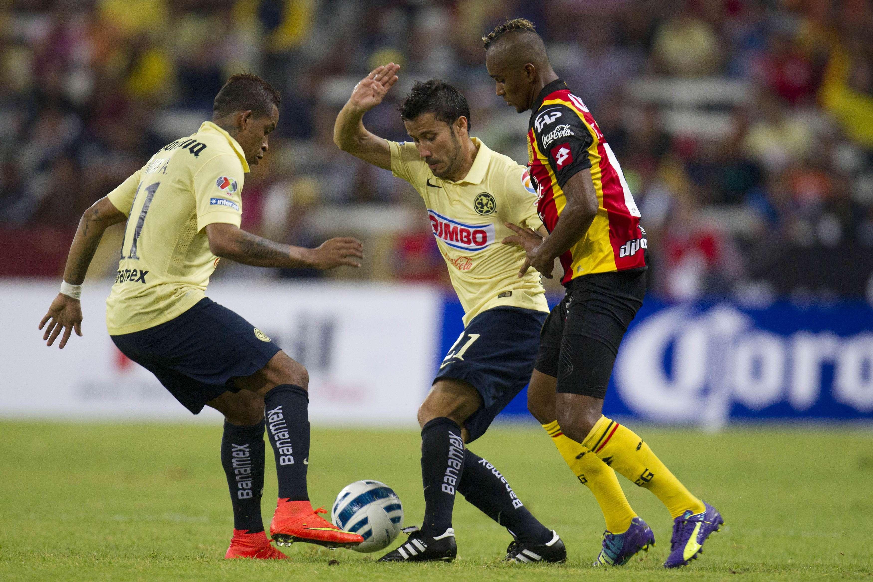 América vs. Leones Negros Foto: Mexsport