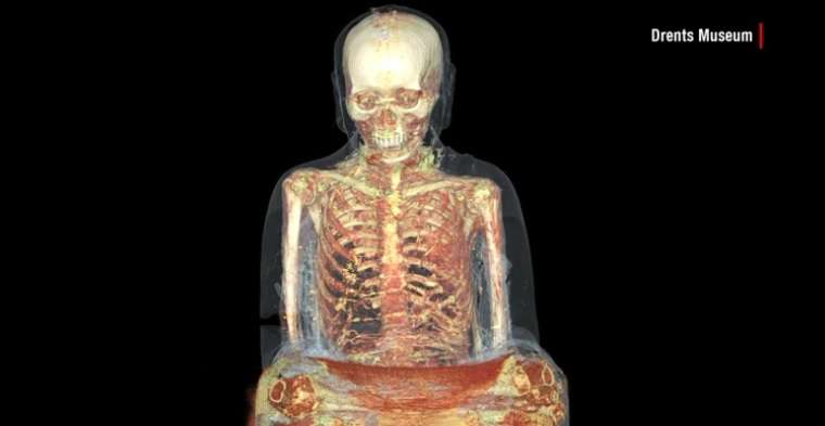 Raio-x revela corpo de monge de mais de mil anos em estátua chinesa Foto: CNN/Reprodução