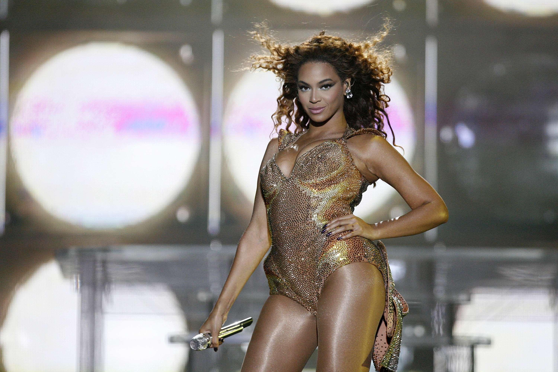 Beyoncé en un concierto en Brasil Foto: Getty