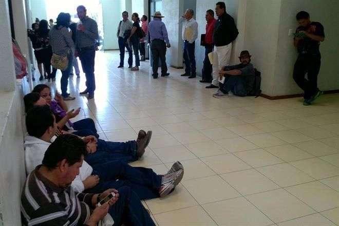 La Coordinadora, a través de sus funcionarios en el Instituto Estatal de Educación Pública de Oaxaca, ascendió a 8 subdirectores a directores de escuela. Foto: Archivo/Reforma