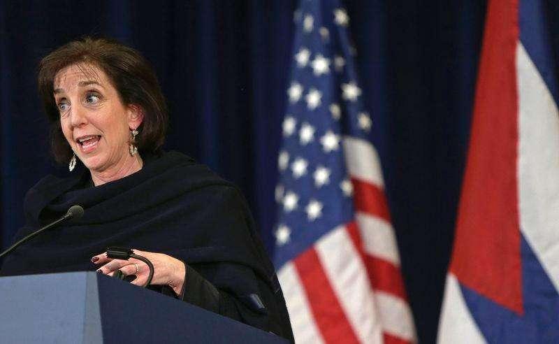 A secretária-assistente de Estado, Roberta Jacobson, concede entrevista em Washington. 27/02/2015. Foto: Gary Cameron/Reuters
