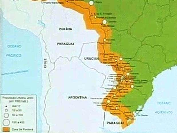 Mapa incorreto traz Bolívia e Paraguai como um país só, além de identificar dois Paraguais Foto: Futura Press