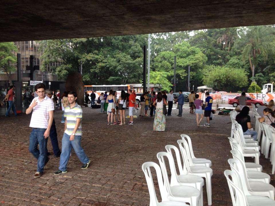 Imagens do MASP duas horas antes do protesto, não havia grande movimentação no museu paulista Foto: Facebook \ Fora Dilma/Reprodução