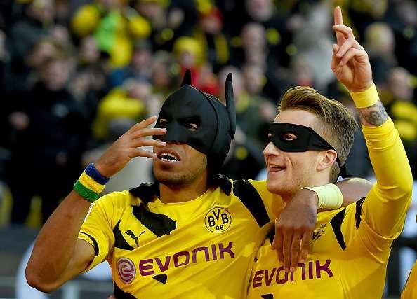 Así celebraron Aubameyang y Reus el primer gol del BVB. Foto: Getty Images
