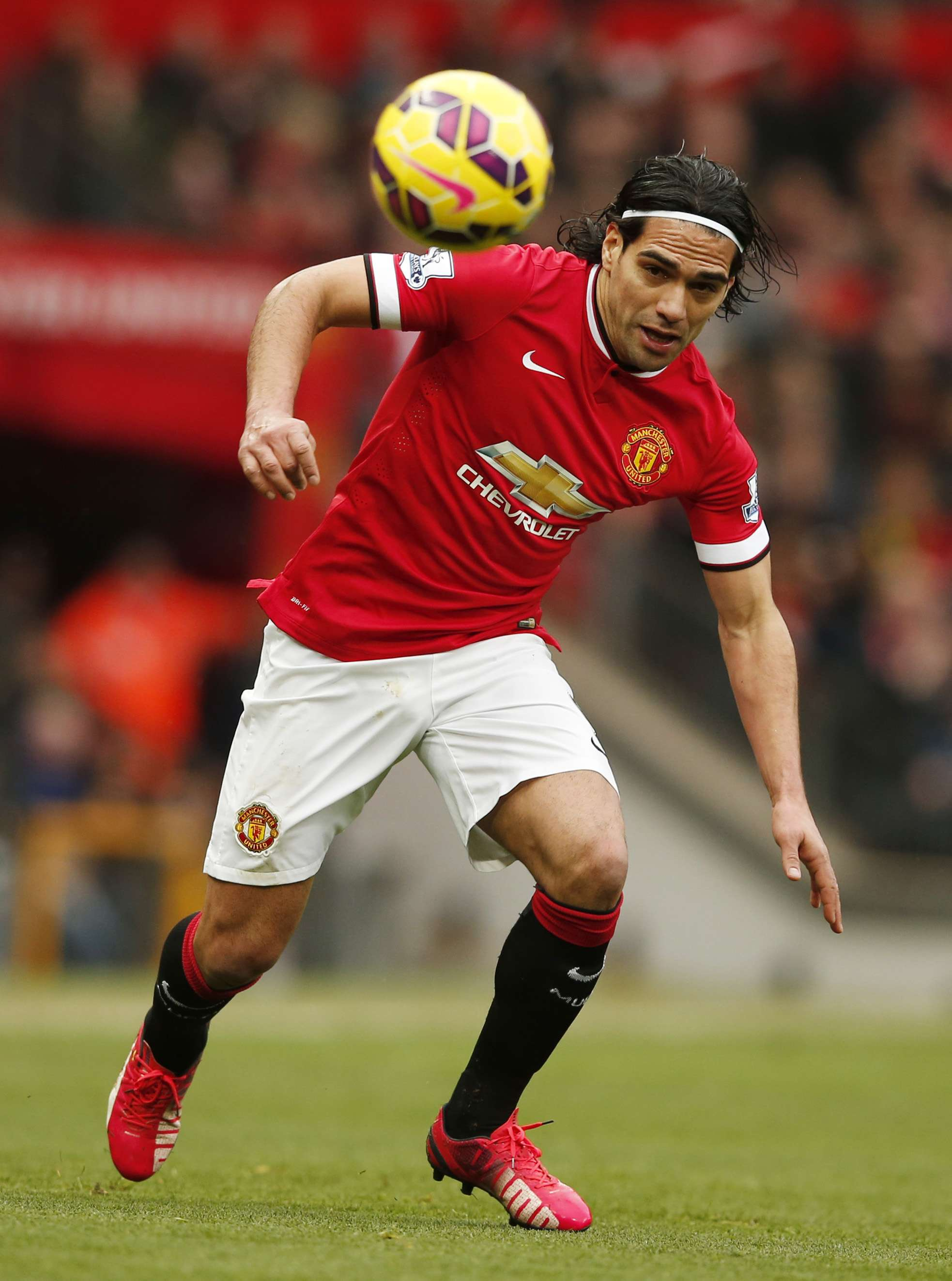 "Football - Manchester United v Sunderland - Barclays Premier League - Old Trafford - 28/2/15 Manchester United's Radamel Falcao in action Reuters / Phil Noble Livepic EDITORIAL USE ONLY. No use with unauthorized audio, video, data, fixture lists, club/league logos or ""live"" services. Online in-match use limited to 45 images, no video emulation. No use in betting, games or single club/league/player publications. Please contact your account representative for further details. Foto: Phil Noble/REUTERS"