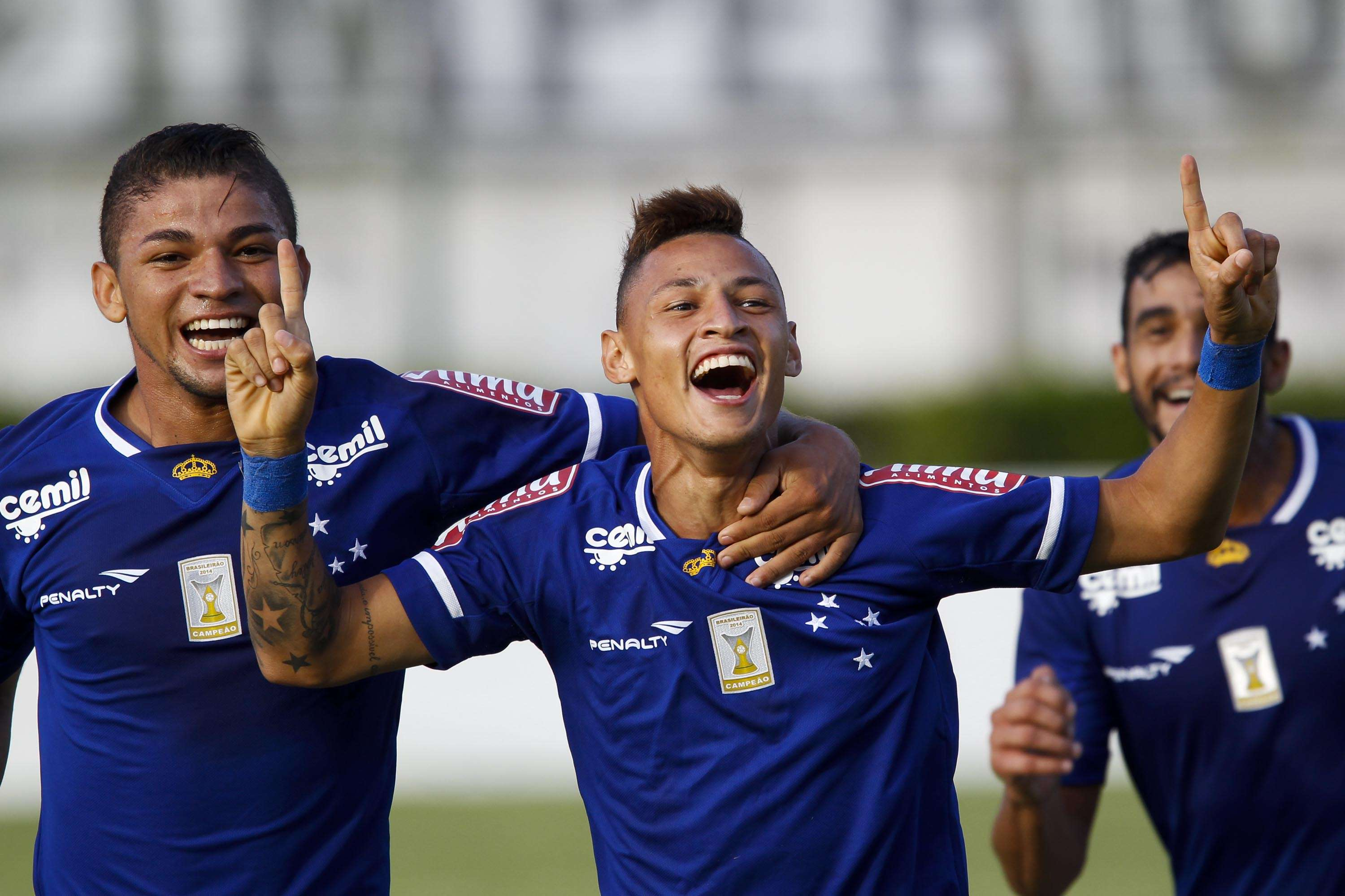 Neílton finalmente marcou um gol com a camisa do Cruzeiro Foto: Washington Alves / Light Press / Cruzeiro/Divulgação