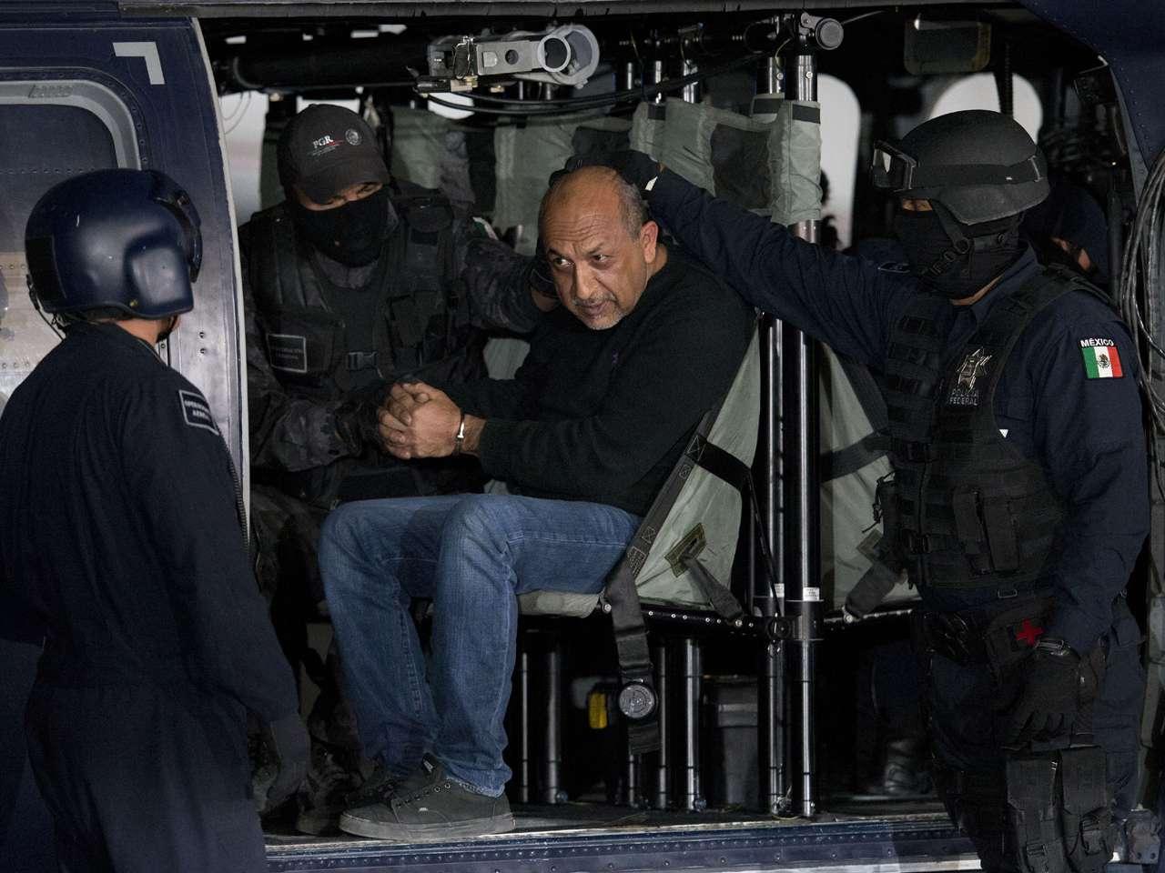 Así presentaron a 'La Tuta' ante los medios de comunicación Foto: AP en español