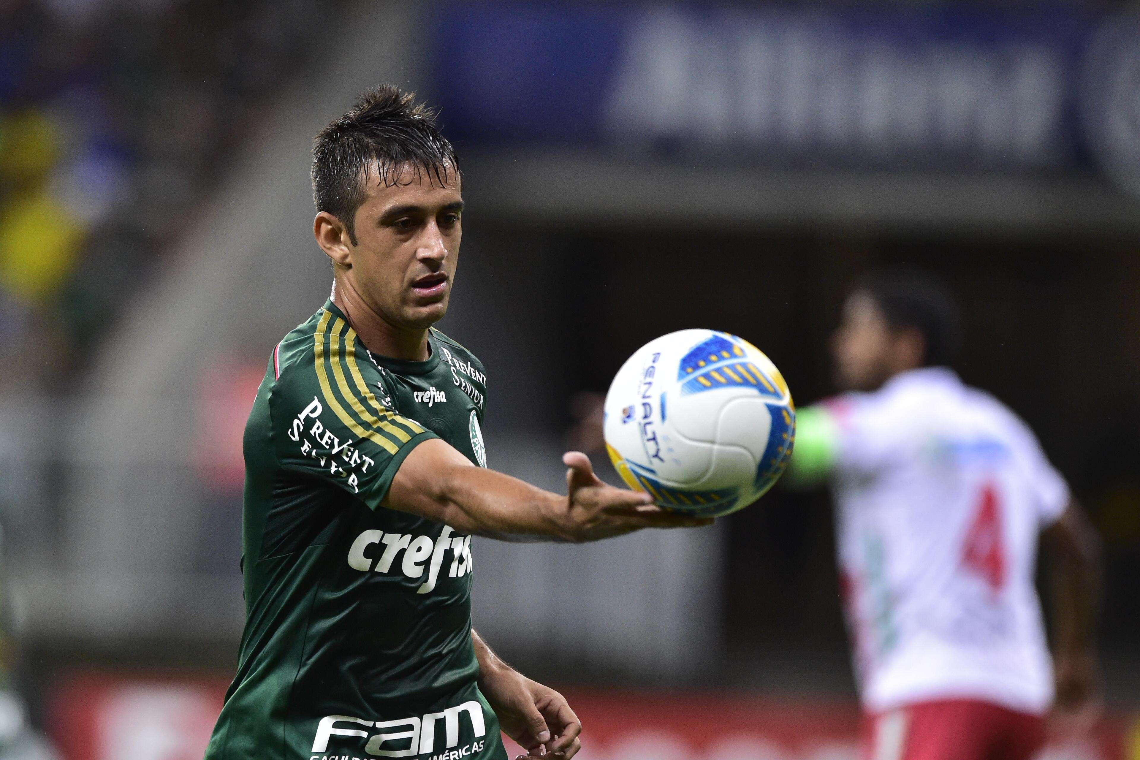 Robinho foi o nome do jogo com dois belos gols no Allianz Parque Foto: Fernando Dantas/Gazeta Press