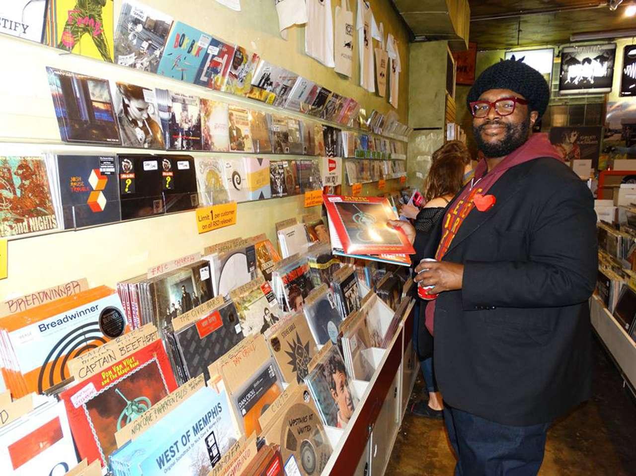 Parece que varios distribuidores y dueños de tiendas de discos están comprometidos a participar en la interesante iniciativa. Foto: facebook.com/RecordStoreDay