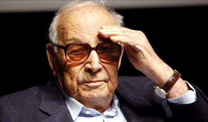 El escritor turco Yasar Kemal. Foto: EFE/Archivo