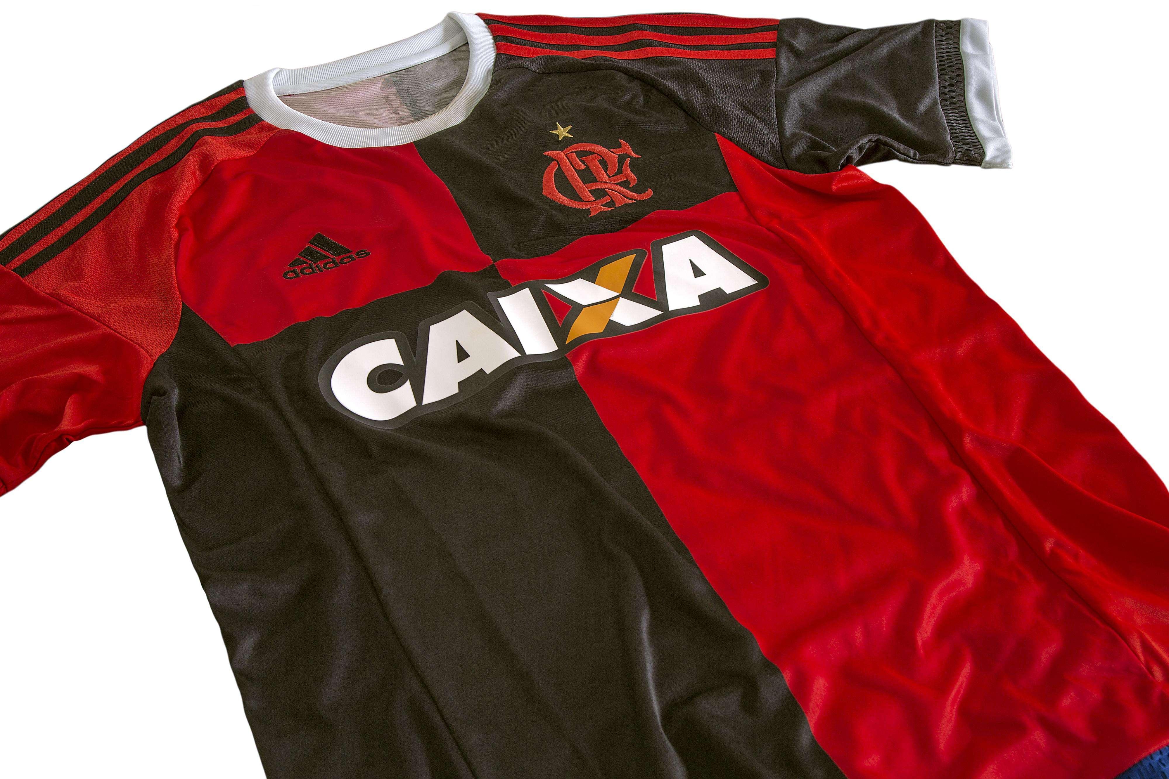 Uniforme número 3 do Flamengo em detalhes Foto: Adidas/Divulgação