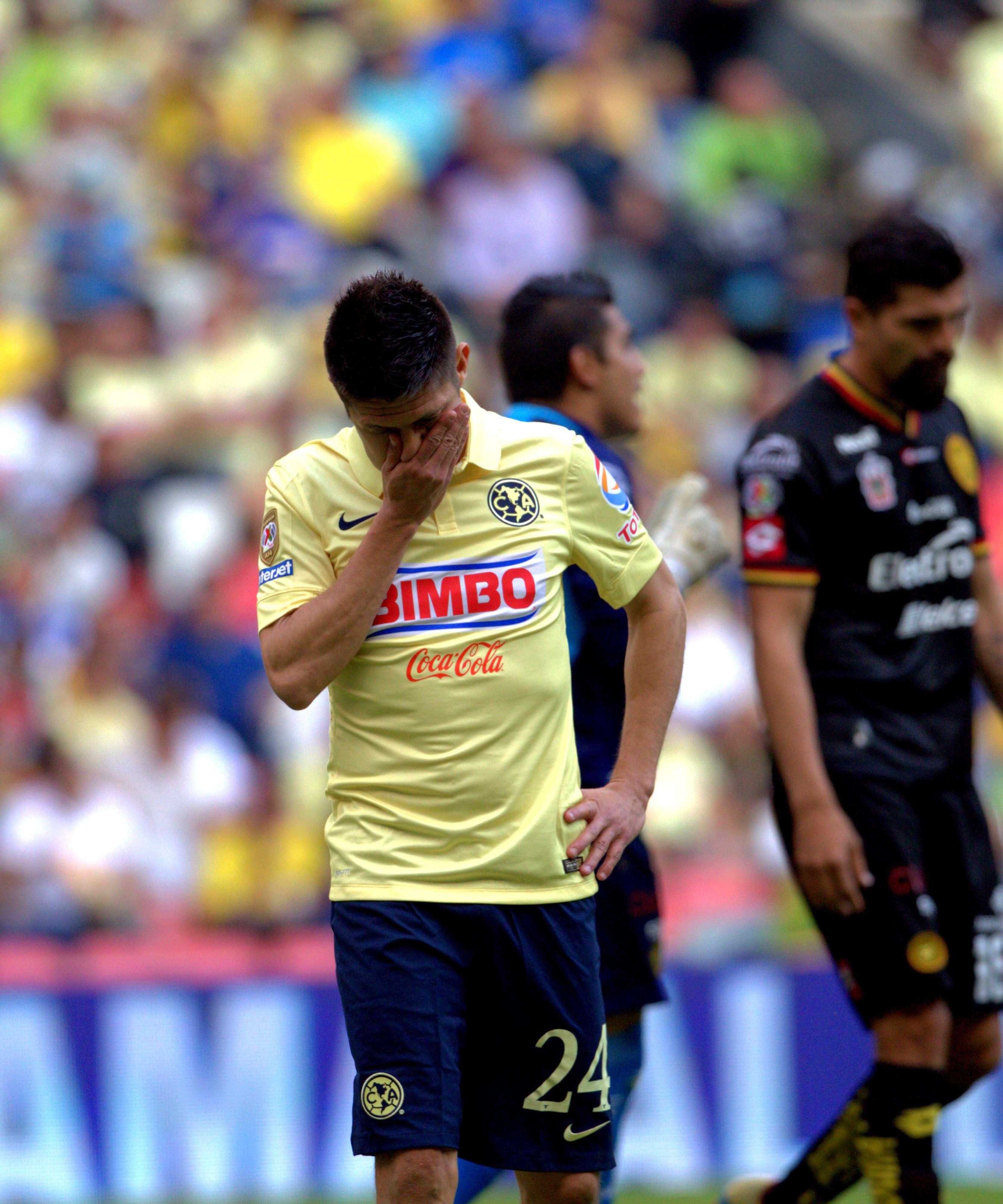 Leones Negros sigue peleando por salvarse del descenso y venció 1-0 al América en el Azteca. Foto: Mexsport