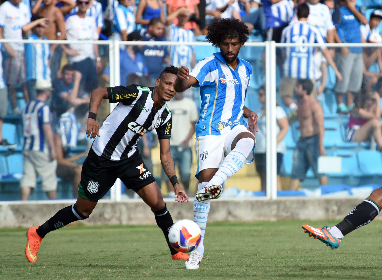 Avaí e Figueirense ficaram em empate que não satisfez ninguém Foto: Antônio Carlos Mafalda / Mafalda Press/Gazeta Press