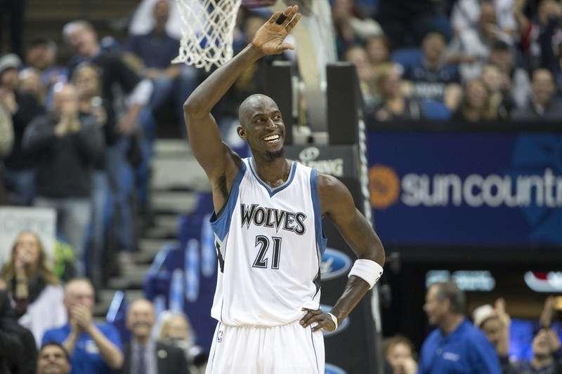 Garnett em jogo de reestreia no Minnesota Timberwolves: gratidão por recepção Foto: Jesse Johnson/USA TODAY Sports/Reuters