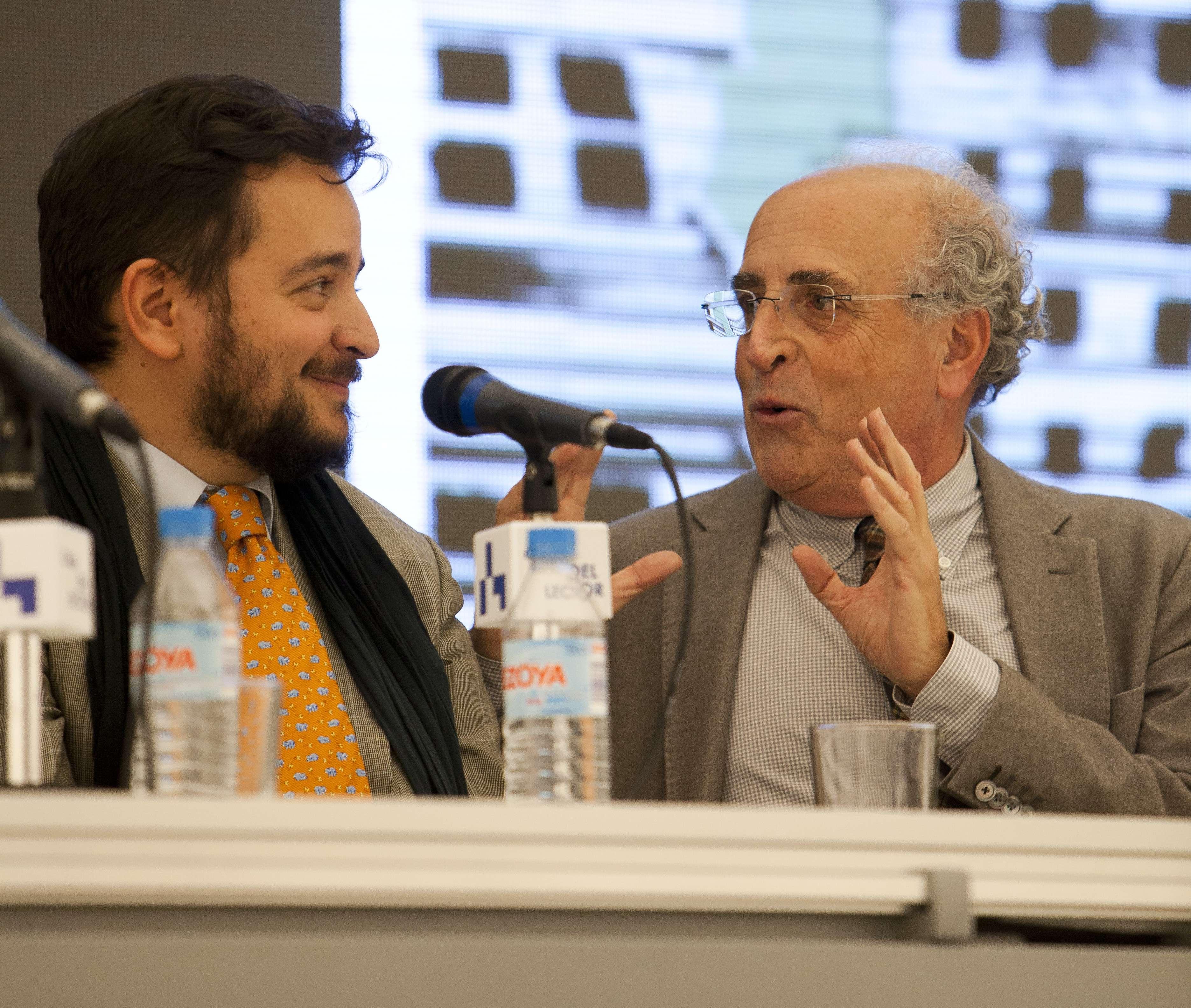 Presentación del libro 'Arquitecturas de la ficción', de David Felipe Arranz (i). Foto: Eduardo Ortega
