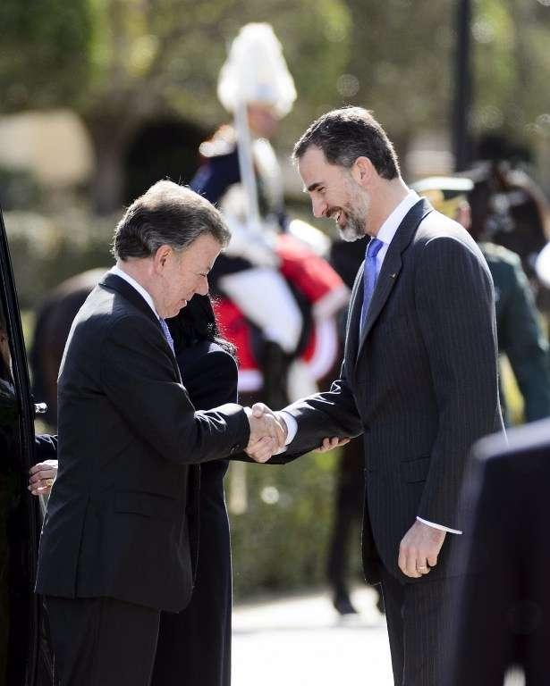 Juan Manuel Santos y el Rey Felipe de España. Foto: AFP en español