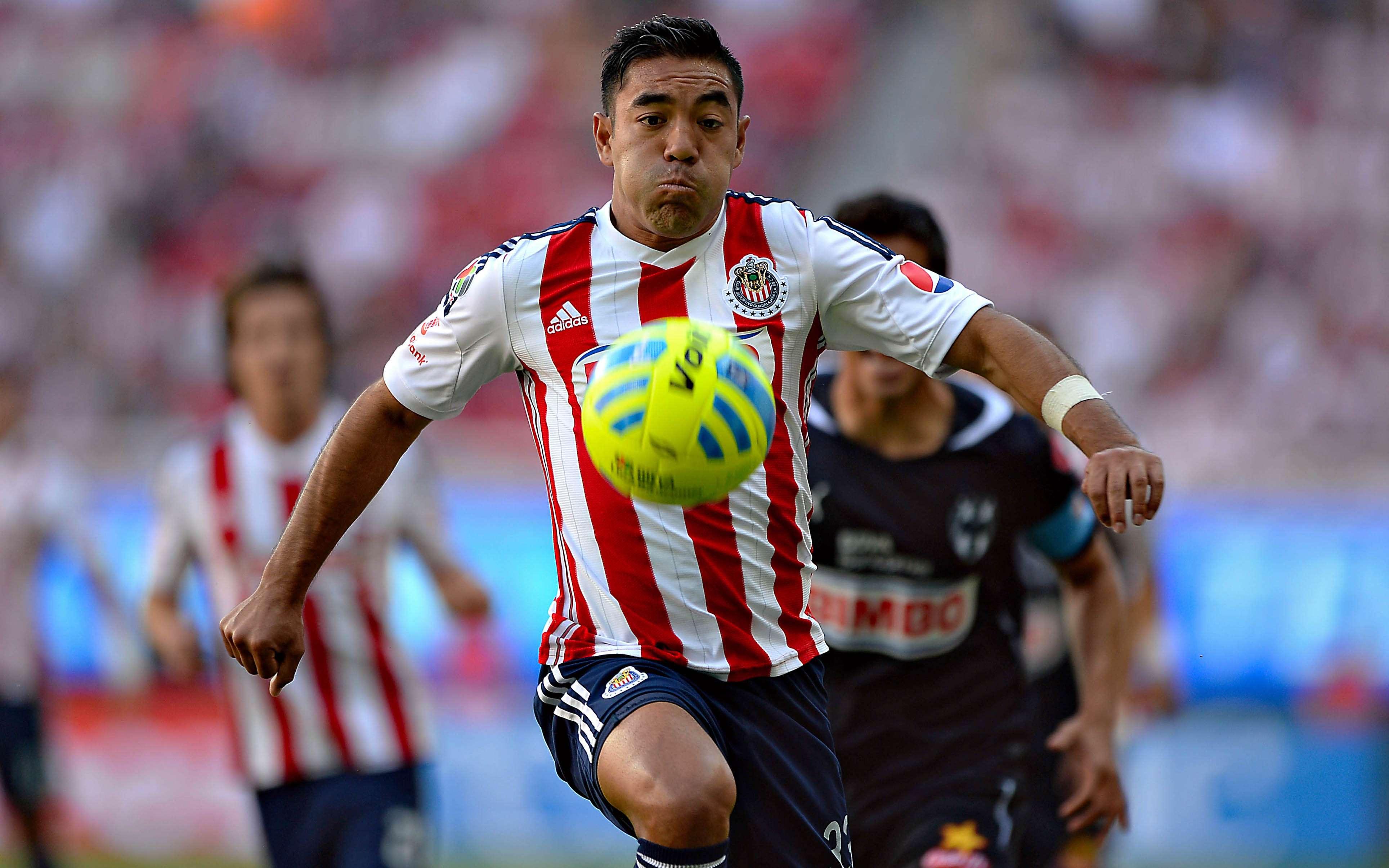 Chivas goleó 3-0 a Rayados con una buena actuación de Marco Fabián. Foto: Mexsport