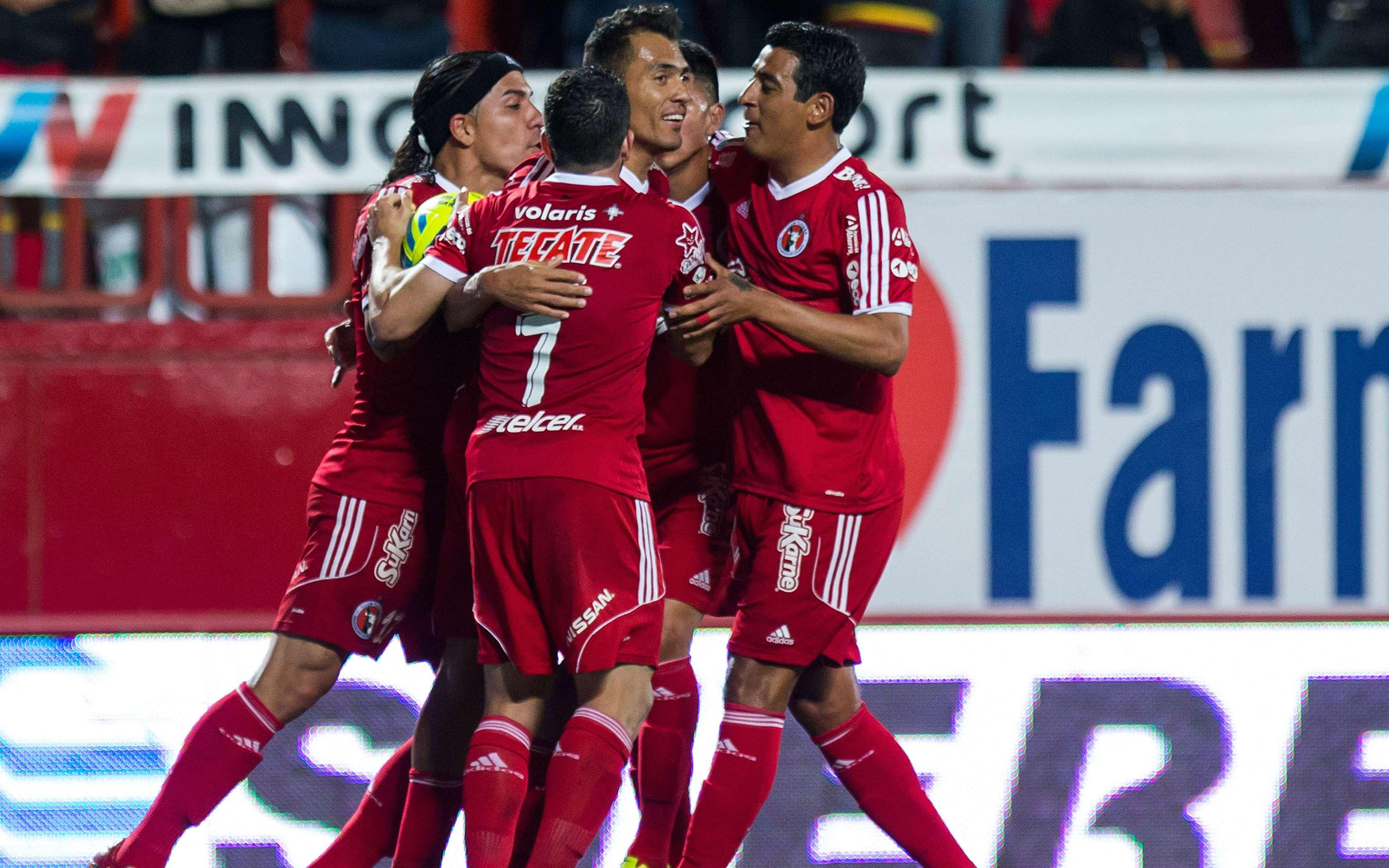 Juan Arango marcó un doblete en la victoria de Xolos 3-2 sobre Pachuca. Foto: Mexsport