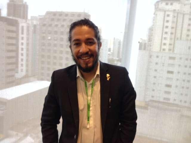 """Para o deputado federal Jean Wyllys (PSOL-RJ), ferramenta que permite definir identidade de gênero no Facebook é """"pedagógica"""" e ajuda no combate ao preconceito Foto: Débora Melo/Terra"""