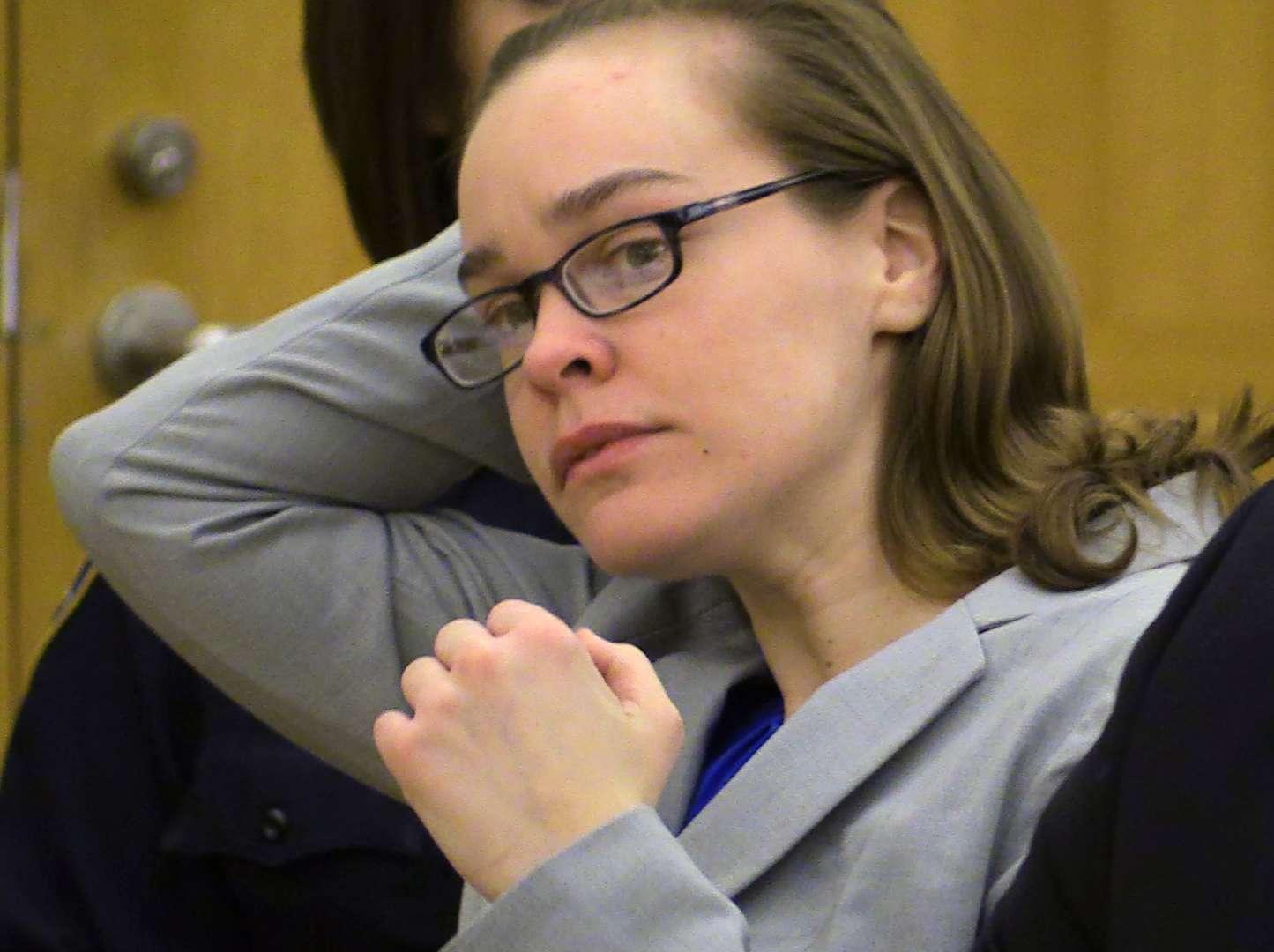 Lacey Spears al comienzo de su juicio en White Plains, Nueva York, el 3 de febrero del 2015. Foto: AP en español