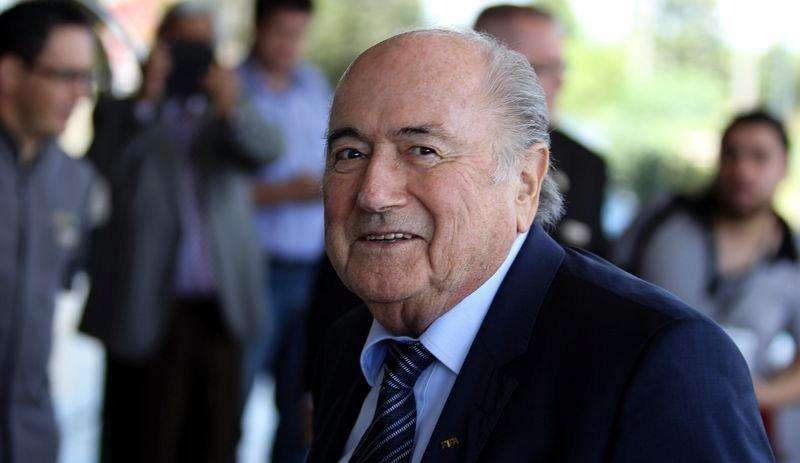 FIFA President Sepp Blatter arrives at Hotel Bourbon in Luque March 3, 2015. Foto: Jorge Adorno/Reuters