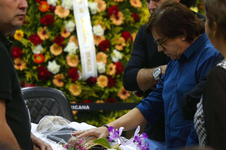 Chitãozinho deu último adeus ao cantor José Rico Foto: Marcos Bezerra/Futura Press