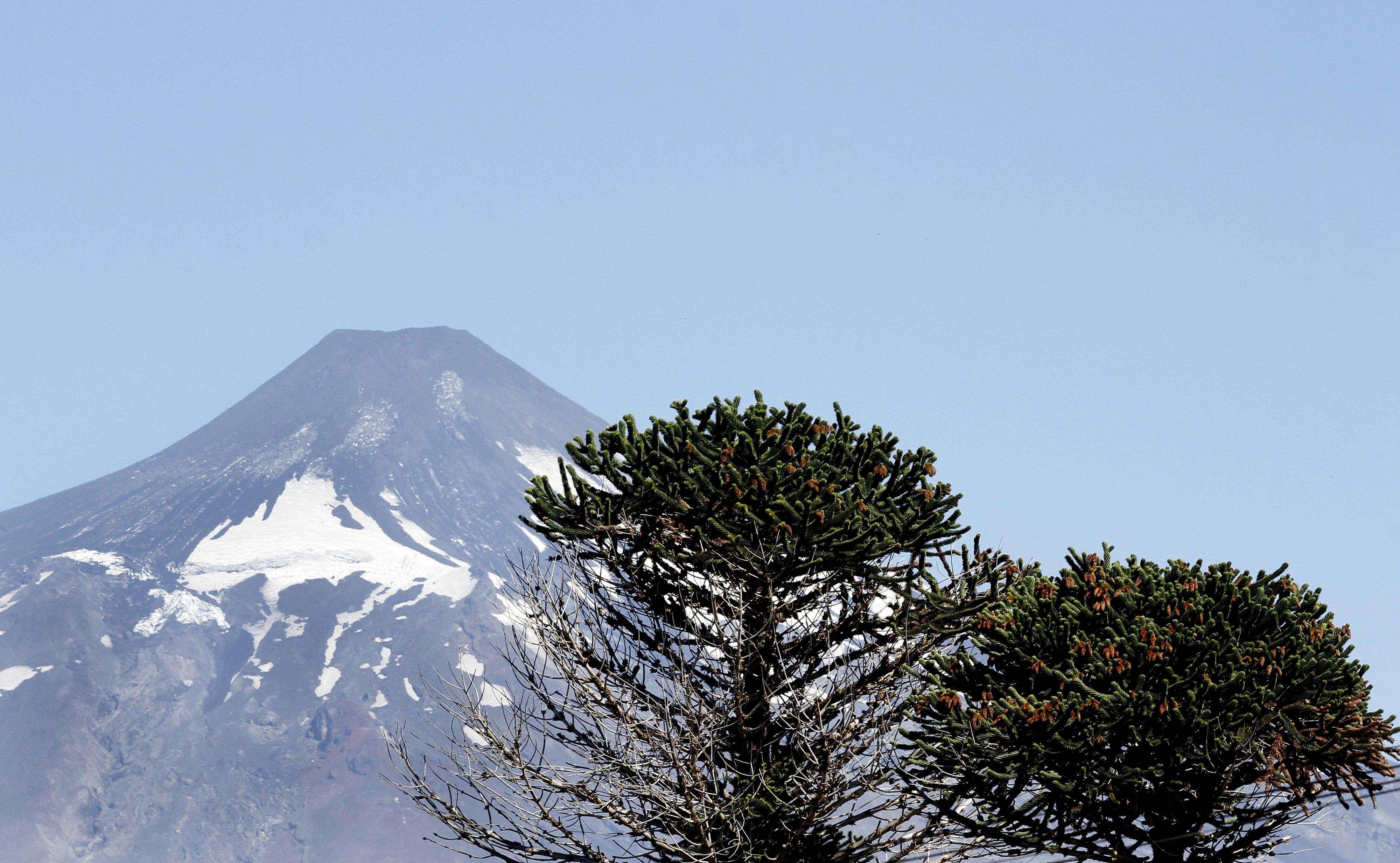 Calma en Pucón: turistas y Habitantes retornan a la normalidad un día después de la erupción del Volcán Villarica. Foto: Agencia UNO