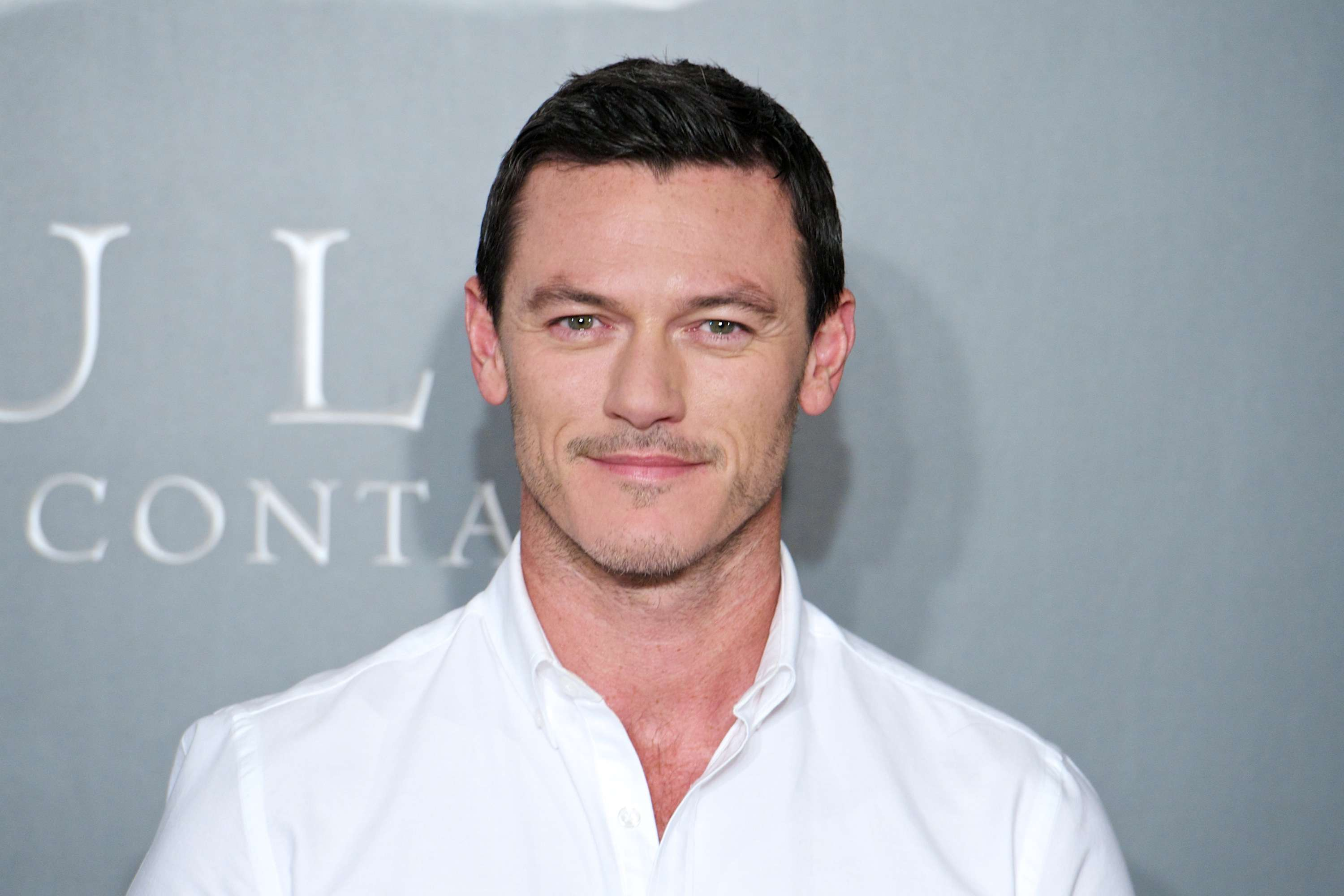 Luke Evans está en pláticas para ser 'Gaston' en 'Beauty and the Beast' y actuar junto a Emma Watson. Foto: Getty Images