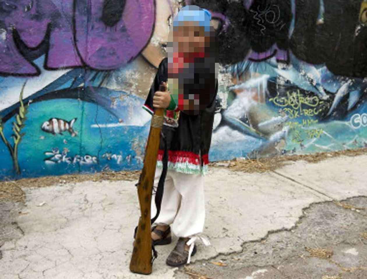 En Bolivia es habitual que los campesinos indígenas posean armas de distinto tipo, sin ningún tipo de control. Foto: Getty Images/Archivo