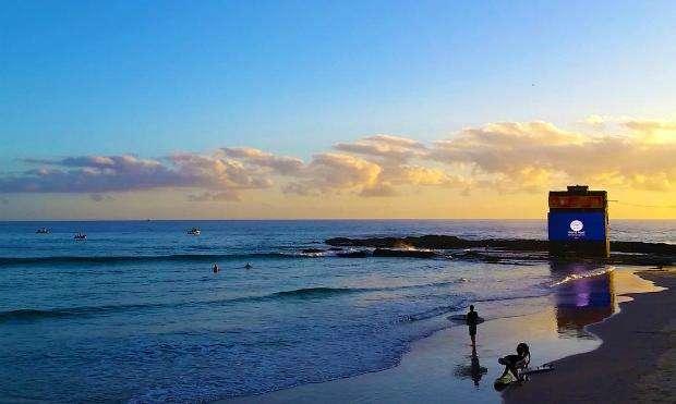 Mar não ajuda surfistas do WCT Foto: Twitter / @wsl/Reprodução