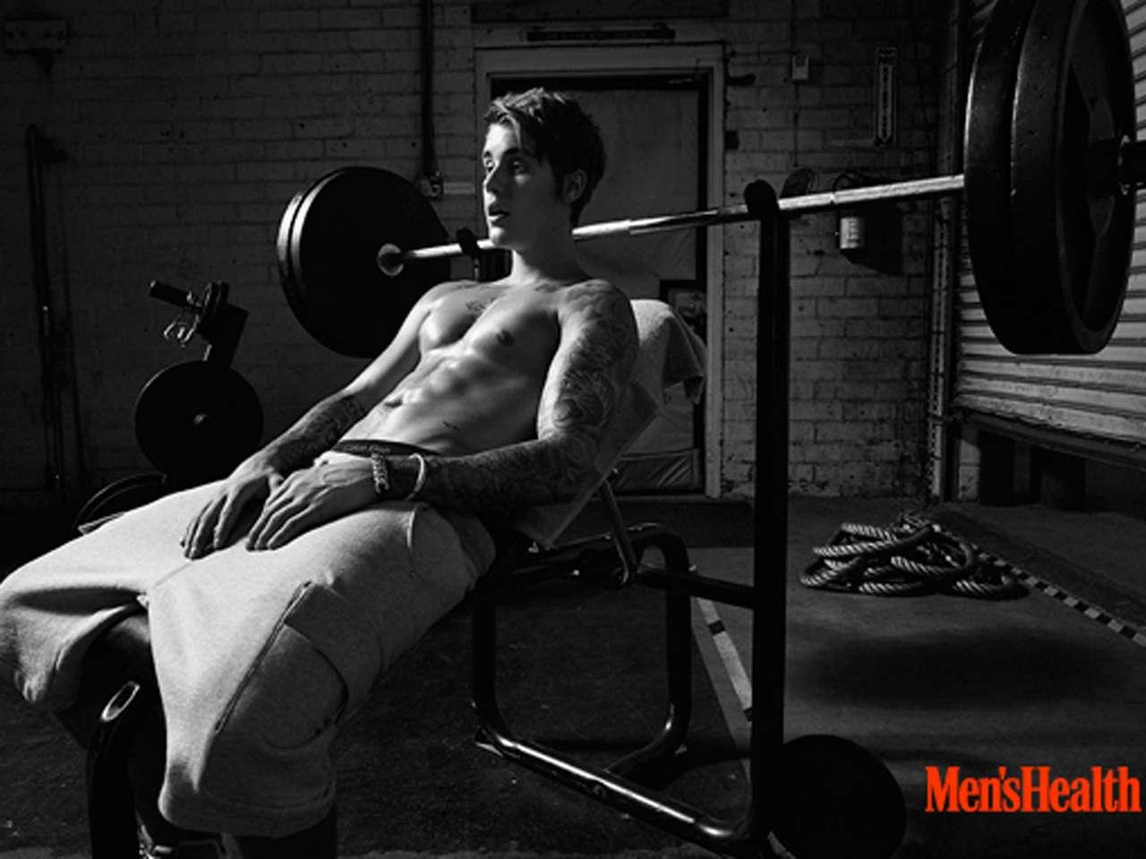 Justin Bieber se reinventó para aparecer en la portada de la revista dedicada a los hombres. Foto: Men's Health
