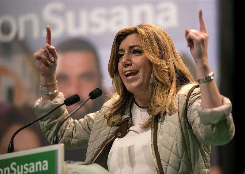 El 32,9 % de los encuestados quiere que Susana Díaz repita cargo Foto: EFE