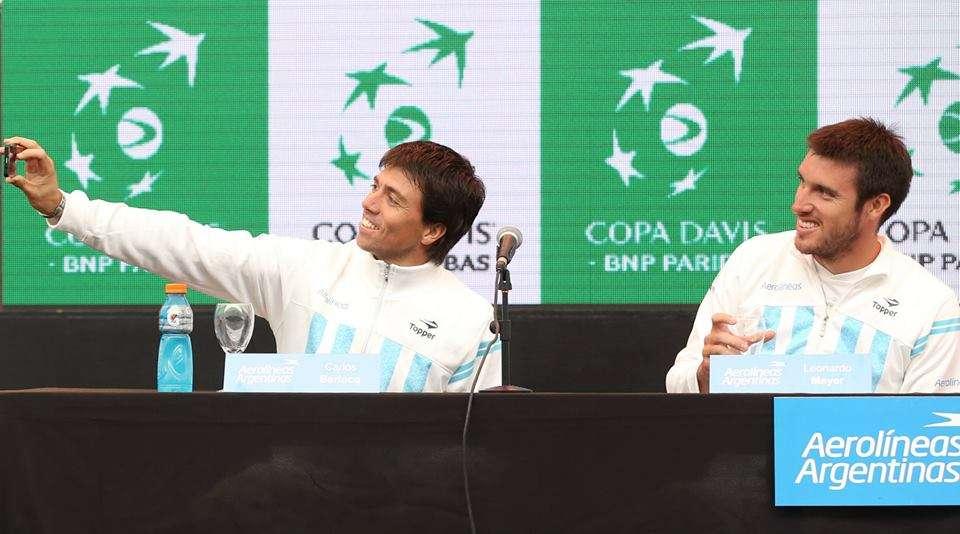 Berlocq abre la serie ante Brasil. Foto: Sergio Llamera/Prensa AAT