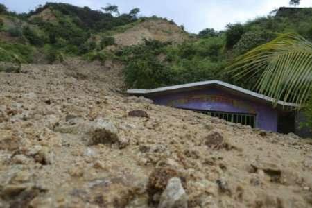 El derrumbe dañó tres viviendas, pero sólo la de Gabriela García resultó con mayor afectación. Foto: Quadratín