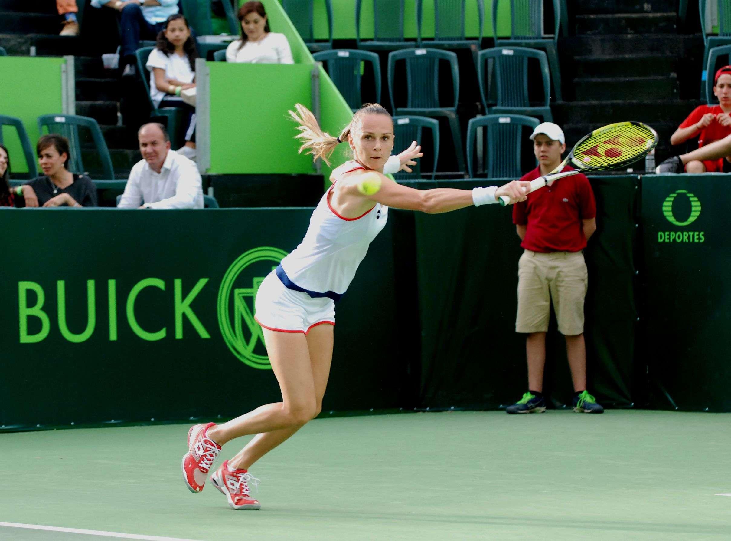 Magdalena Ryabarikova venció a Polona Hercog en el Abierto de Tenis Monterrey. Foto: Terra
