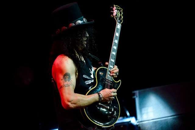 """Slash presentó en el Teatro Caupolicán con su disco """"World On Fire"""" Foto: Agencia Uno"""