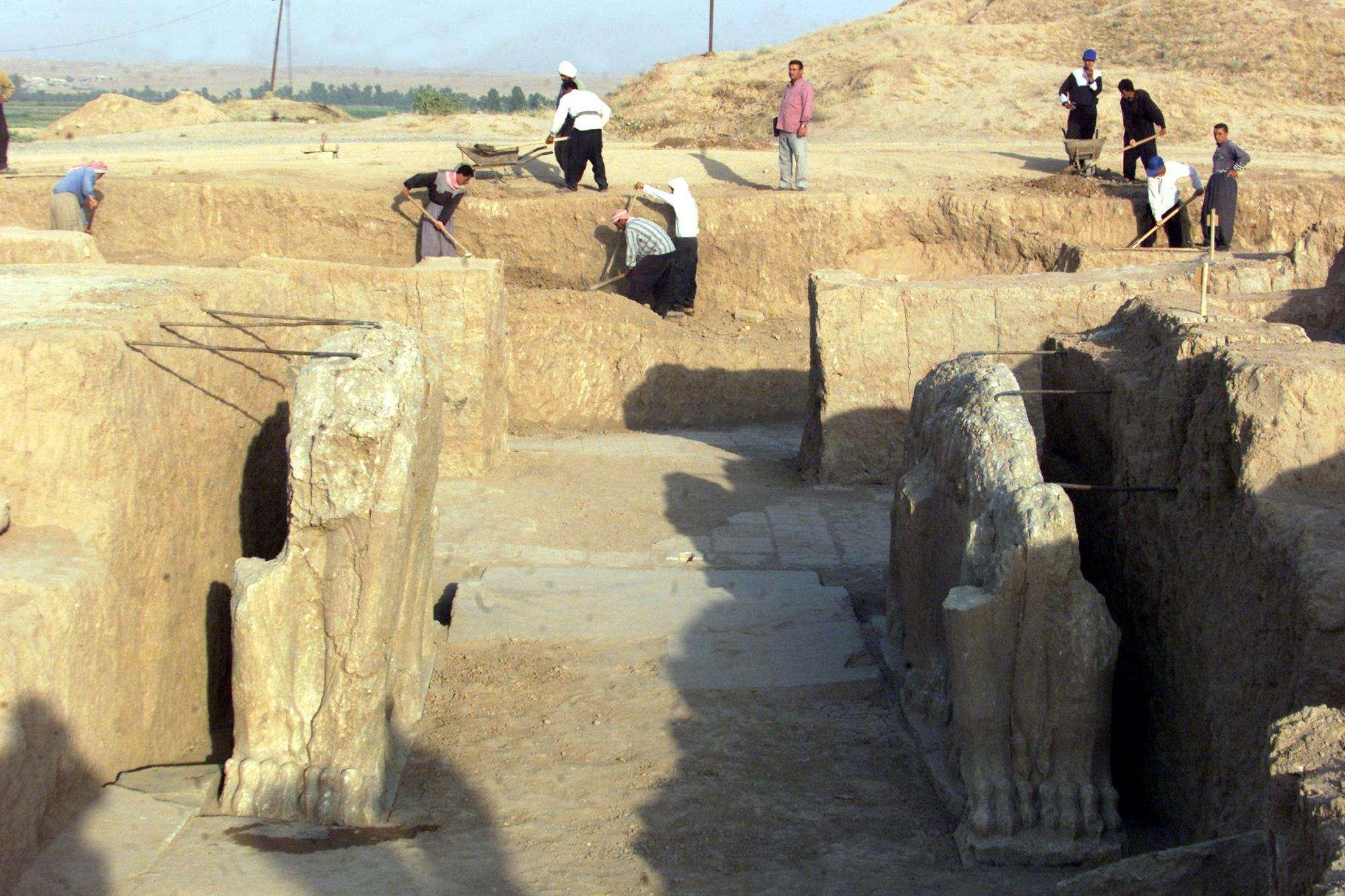 Imagen de archivo de 2001 de las ruinas asirias de Nimrud Foto: AFP