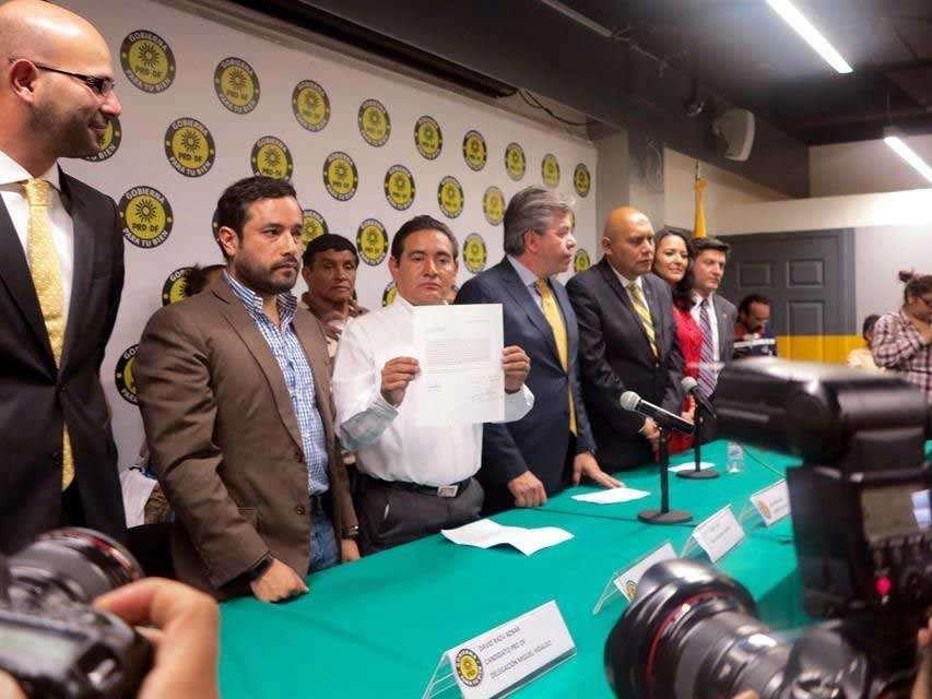Líder del PRD DF afirma que no es responsable del desorden interno en Acción Nacional, que no cuida afiliación de partidarios. Foto: Reforma/Manuel Durán