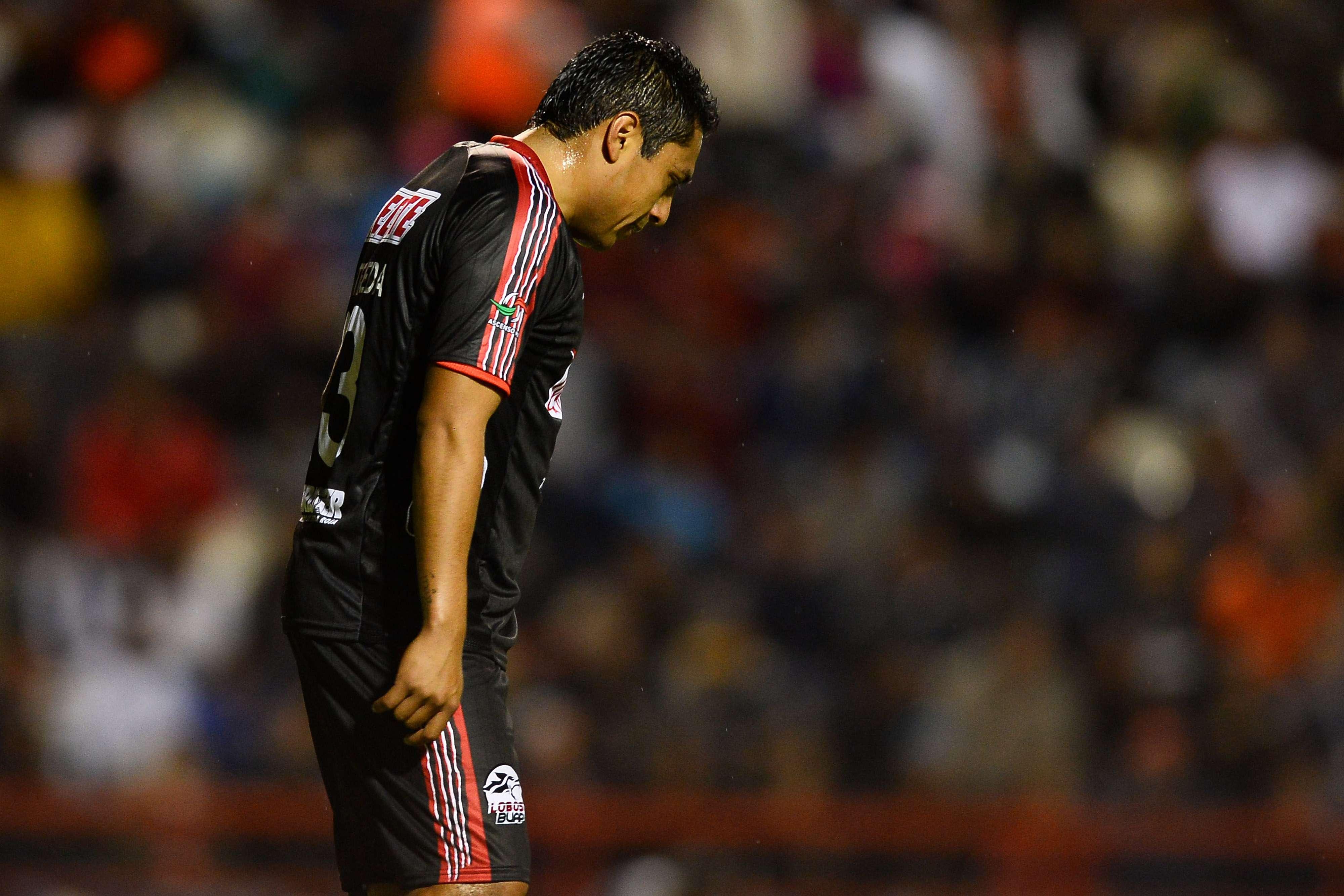 Lobos no pudo imponer su localía. Foto: Mexsport