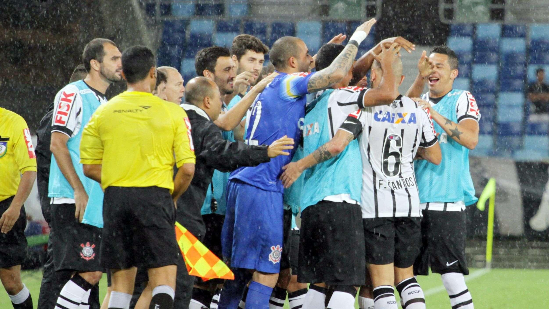 Assista aos golaços do Corinthians sobre o Vitória