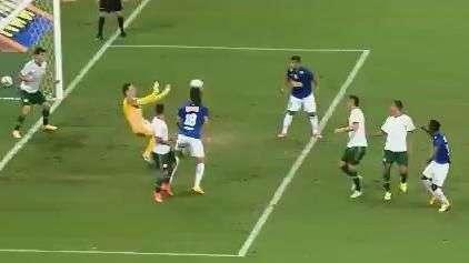 'São Prass' salva Palmeiras contra o Cruzeiro; veja defesas