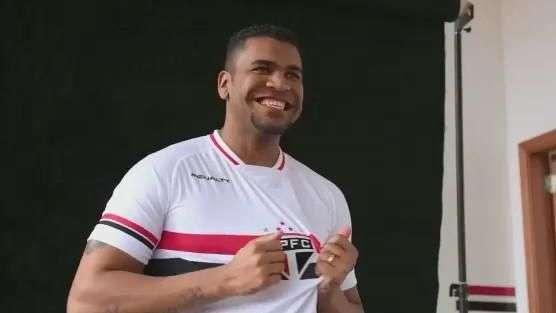 Após três anos preso na Alemanha, Breno volta ao São Paulo