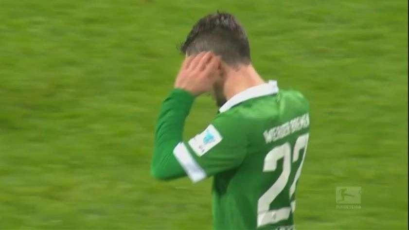 Alemão: após quase fazer golaço, jogador acaba substituído