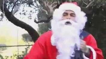 Descubra quem é o brasileiro do Barça que virou Papai Noel