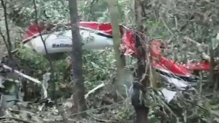 Vídeo mostra momentos após queda de helicóptero em Bertioga