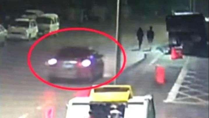 Motorista atropela jovem e foge na China; veja flagrante