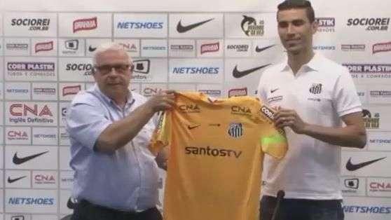 """Santos: """"É um sonho vestir uma grande camisa"""" diz Vanderlei"""