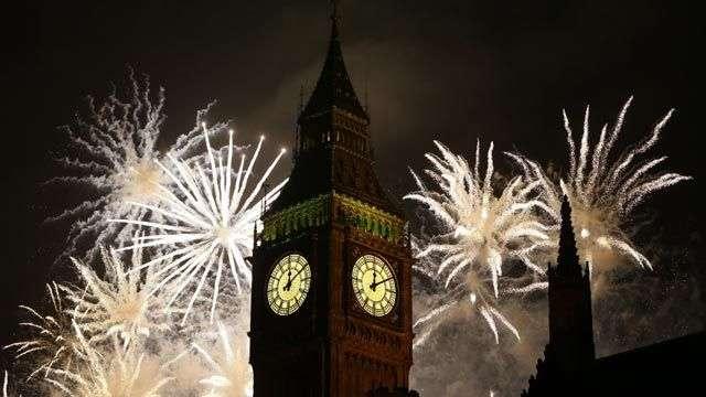 Los fuegos anuncian la llegada de 2013 en Londres