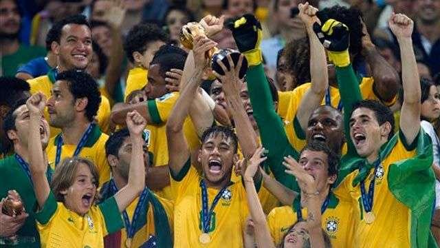 Brasil campeón al golear a España en la Copa Confederaciones