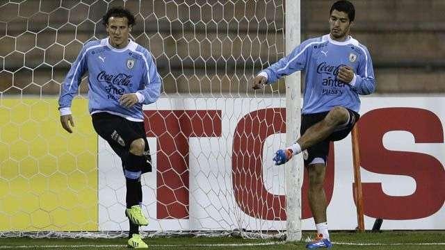 Un Uruguay ofensivo jugará ante Jordania para ir al Mundial